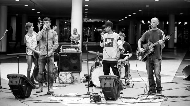 Projektet Fri, feat. Pouya Amiry & Baktiar
